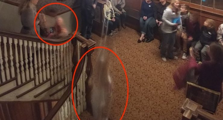 Two 'ghosts' photographed at hotel which inspired movie The Shining