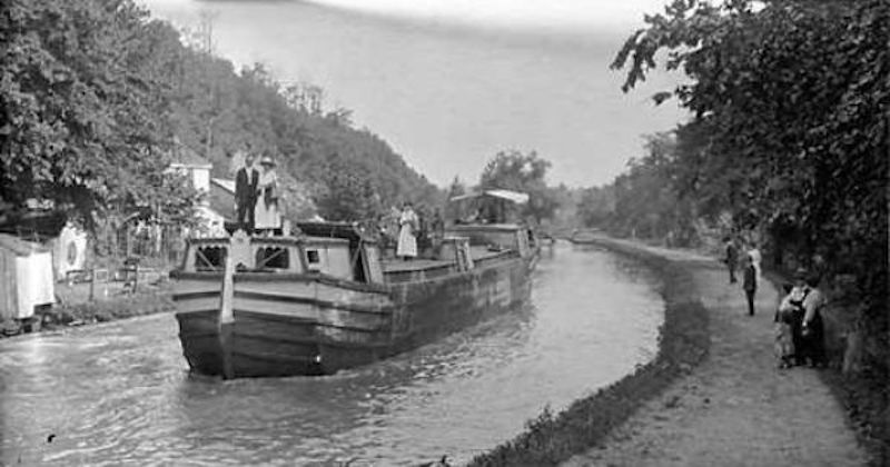 Historic photo of the Chesapeake and Ohio Canal