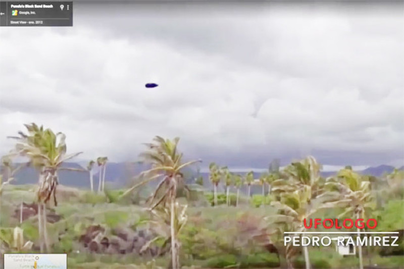 UFO spotted on Google Maps over volcano in Hawaii